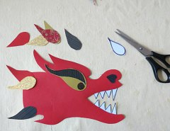 Making Chinese Dragon Crafts Step 9