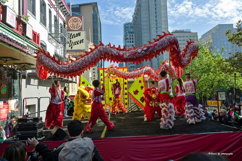 CNY Flower Market Fair in San Francisco: Dragon Dances at the Main stage