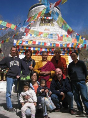 Tibet with children - Temple in Danba