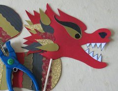 Making Chinese Dragon Crafts Step 10