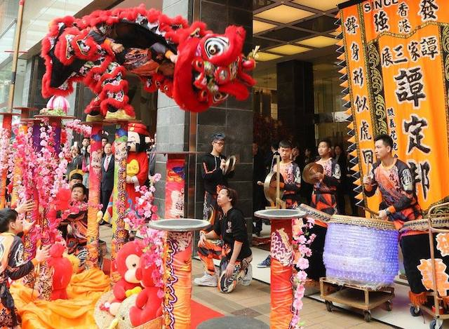 Chinese New Year Lion Dances Traditions