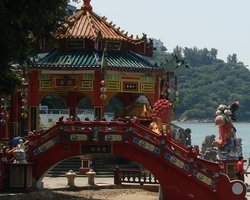 Travel to Hong Kong: Temples
