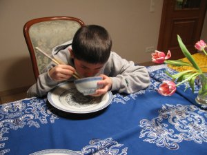 How to eat with Chopsticks - eating rice