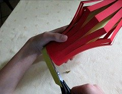 Making Easy  Chinese Paper Lantern Step 5