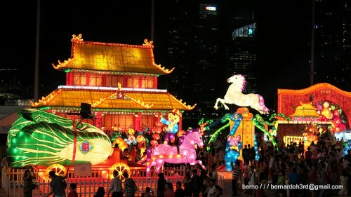 Singapore Chinese New Year River Hongbao Carnival Lanterns