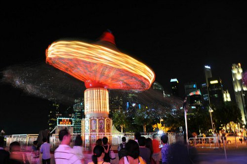 Singapore Chinese New Year River Hongbao Carnival Lively Acts Rides