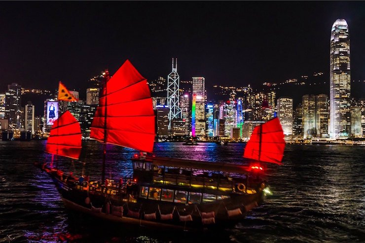 Top 10 Hong Kong Attractions: Victoria Harbour